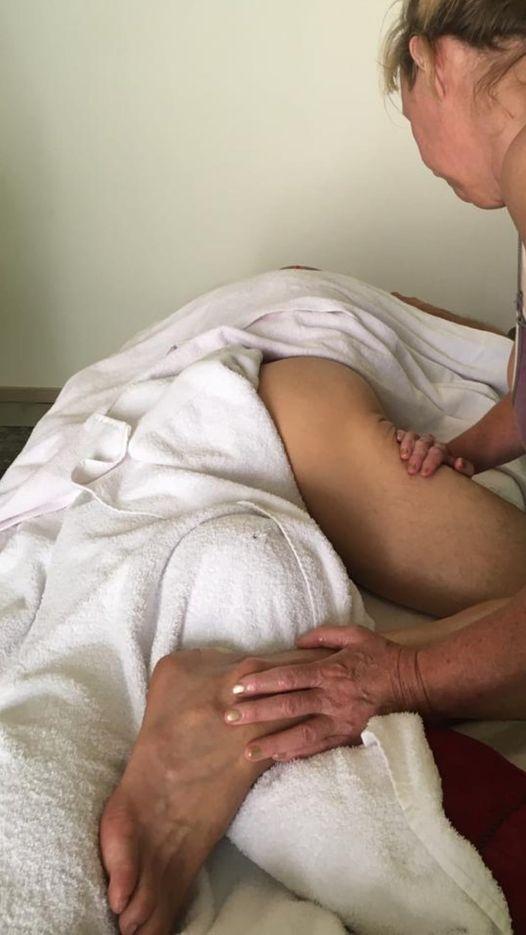 Mass-ence massagetherapie